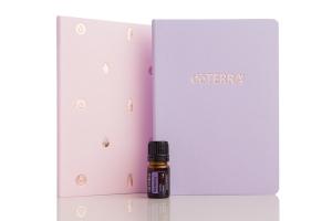 Dnevnik in eterično olje Serenity